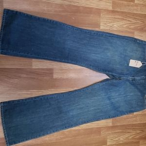 Old Navy Just Below the Waist Boot Cut Jean Size 1